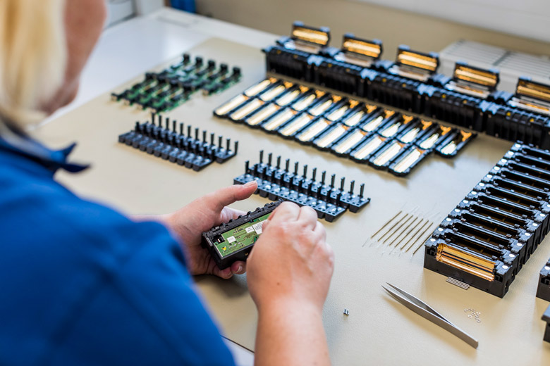 WALO-TL Mechatronik Fertigung