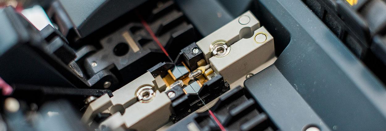 Glasfasertechnik Spleissgerät Trenngerät